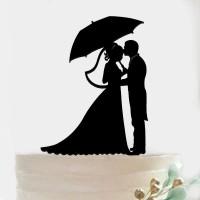 Ornement Acrylique noir - Couple avec parapluie