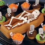 Moule à gâteau Gros cercueil avec squelette 3-D