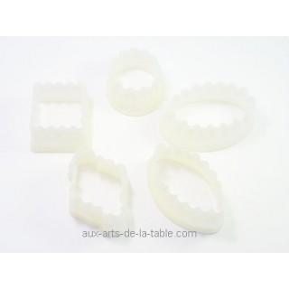 Découpoirs Petits fours dentelés no1 - 5 pc