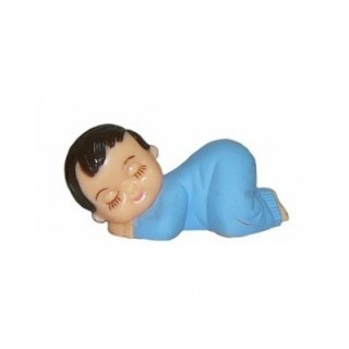 Bébé garçon en pyjama