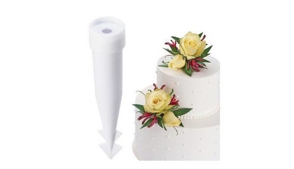 Picks pour fleurs naturelles sur un gâteau
