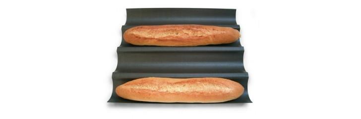 Moules et plaques à pain
